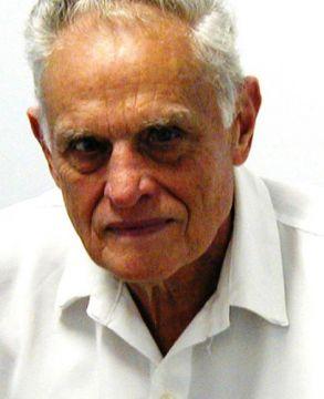 Dr. Enio Vitali